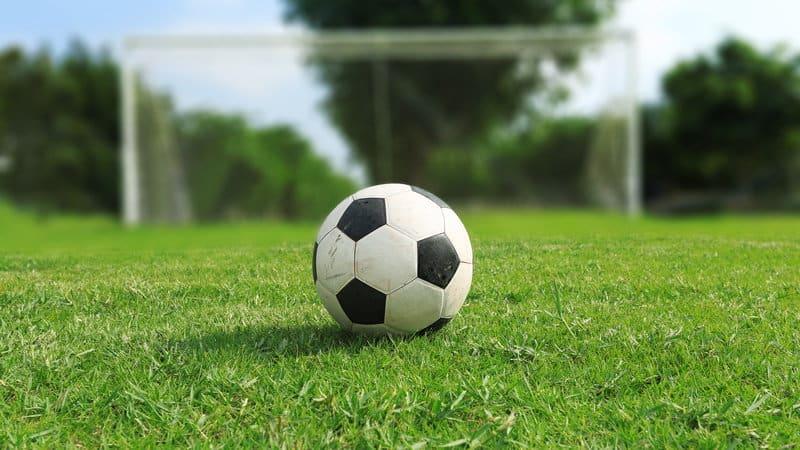 jak obstawiać mecze piłki nożnej